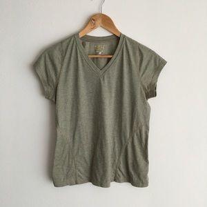 Mountain hardwear quick dry striped tee shirt